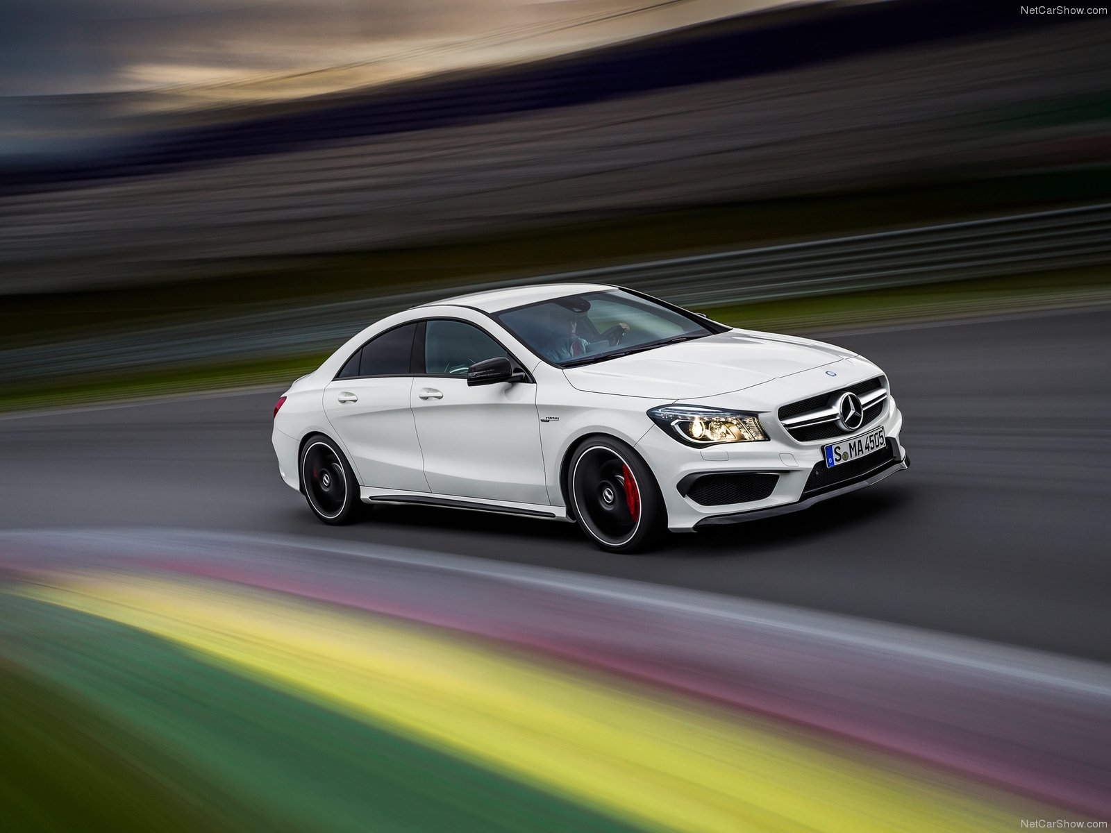 Mercedes-Benz-CLA45_AMG_2014_1600x1200_wallpaper_04
